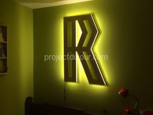Quot R Quot Shaped Led Light Project Du Jour